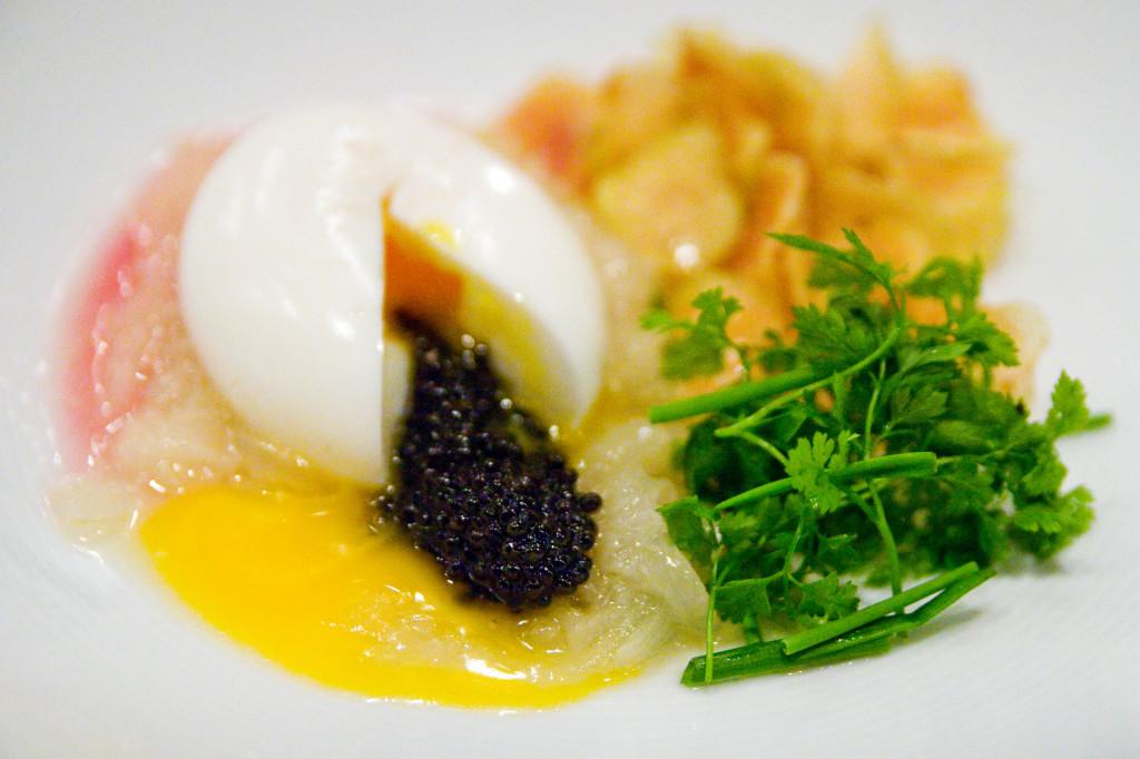 Momofuku Ko smoked egg with hackleback caviar, onion soubise and fingerling potato chips dinner menu