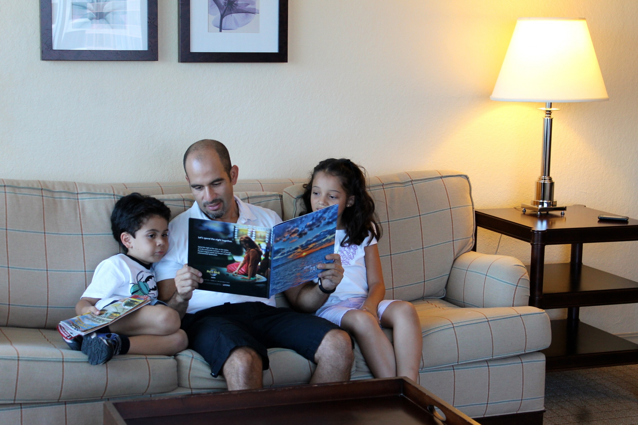 How To Teach Your Kids To Love Reading at Home and At ...