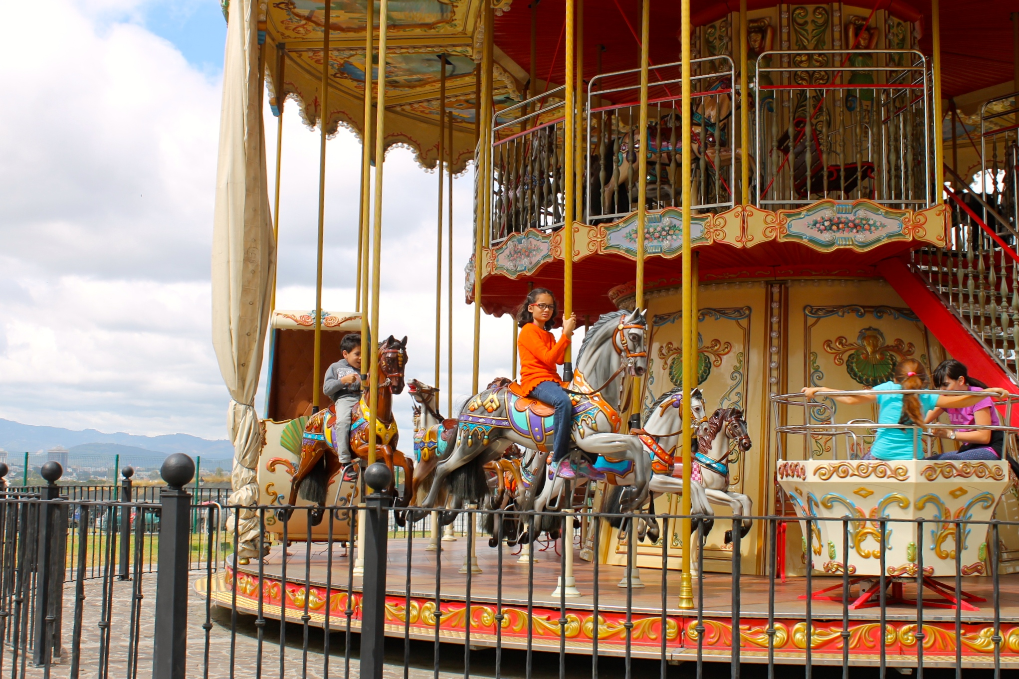 Things to do with kids in Guatemala: beautiful carrousel in Cayalá