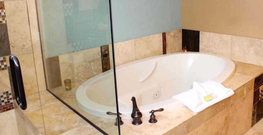 Alma de Sedona bath tub