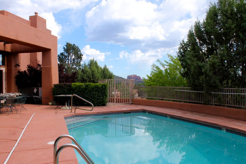 Alma de Sedona pool area