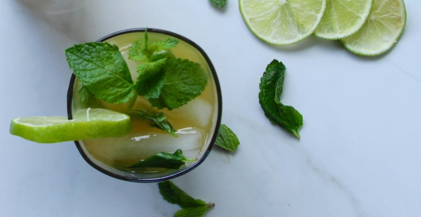 Easy Mango Wine Mojito Recipe