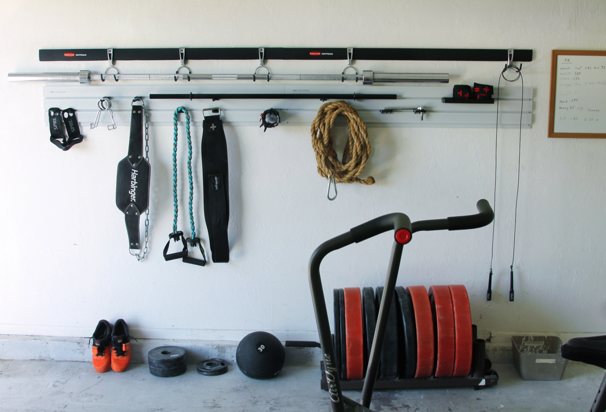 5 Easy Steps For Turning Your Garage Into A Gym