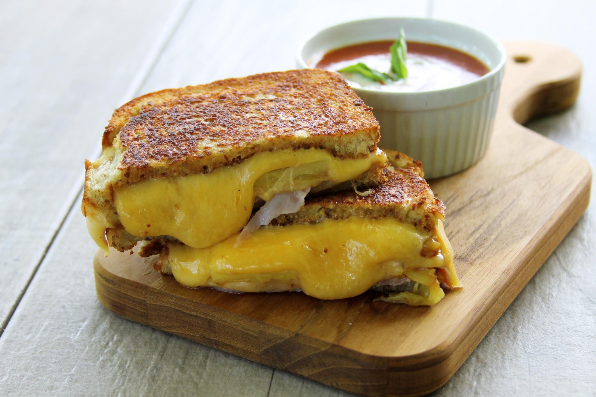 Aloha Grilled Ham & Cheese Sandwich - Growing Up Bilingual