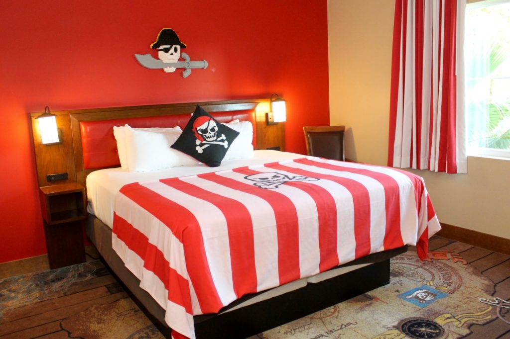 Legoland hotel pirate room