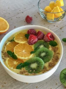 My Pre and Post-Workout Routine + Mango and Orange Protein Smoothie Bowl Recipe